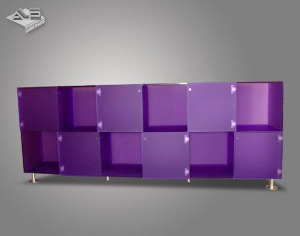 meubles pupitres le plastique sous toutes ses formes. Black Bedroom Furniture Sets. Home Design Ideas