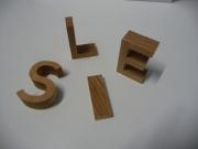 découpe de lettres bois